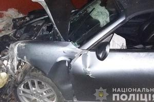 Житель Прикарпатья проверял Porsche на скорость: разбил кафе и автомобиль