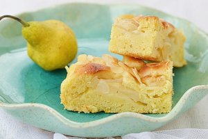 Ароматный грушевый пирог с корицей и ванилью