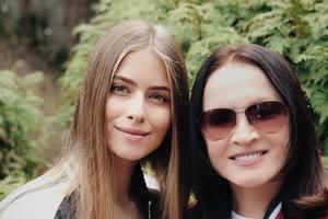 Внучка Софии Ротару выпустила дебютную англоязычную песню