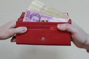 В Хмельницкой области суд обязал должника выплатить 150 тысяч гривен алиментов
