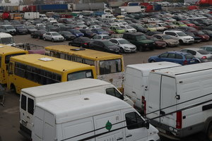 600 авто под арестом: чем живет самый большой в Украине автопарк арестованных машин