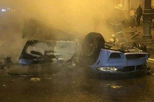 Тройное ДТП в Харькове: BMW перевернулась и загорелась, а водитель сбежал