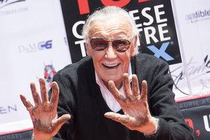 Из жизни ушел творец киновселенной Marvel Стэн Ли