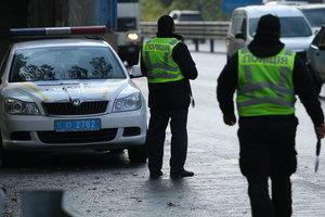 Лихачей на дорогах ловят с помощью TruCam: полиция раскрыла число нарушителей