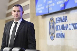 Скандал вокруг таможни: Продан объяснил, почему вместо допроса поехал за границу