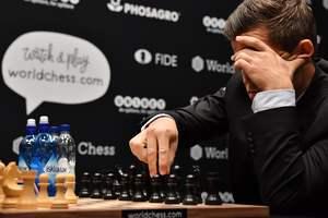 Магнус Карлсен пожаловался на холод во время чемпионского матча