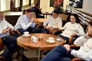 """""""Ти признайся мені"""": Миколенко и Швед спели дуэтом в сборной Украины"""