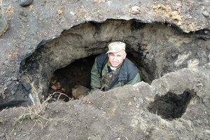 """В Змиеве случайно нашли древний подземный ход, """"состаривший"""" город: опубликованы фото"""