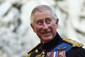 Принцу Чарльзу 70: в сеть попали архивные детские фото и снимки с Дианой