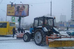 Транспортный коллапс: из-за снегопада в Киеве 9-бальные пробки