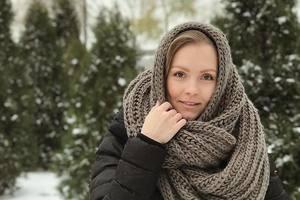 Реакция звезд на первый снег: Шоптенко утеплилась, а Кошевой – поехал на метро