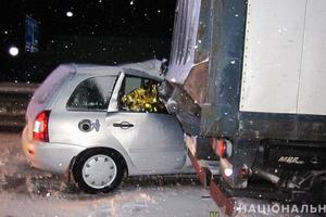 В Полтавской области столкнулись грузовик и легковушка: пострадали четыре человека