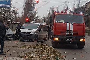 Тройное ДТП в Бердянске: пострадали два человека