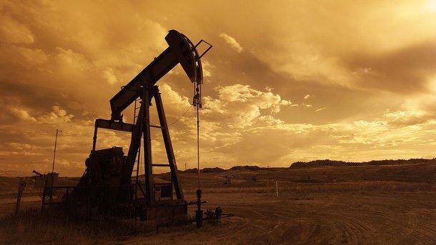 Почему штормит мировой рынок нефти и что будет с ценами