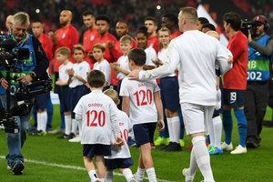 Почетный коридор для Уэйна Руни: форвард прощается со сборной Англии