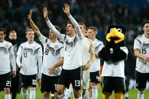 Германия в товарищеском матче разгромила сборную России