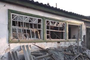 Боевики обстреляли из минометов поселок под Горловкой: опубликованы фото
