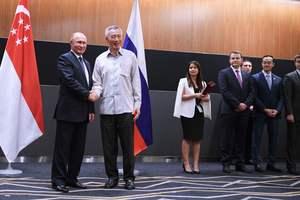 Премьер Сингапура отменил встречу с Путиным из-за опоздания главы Кремля