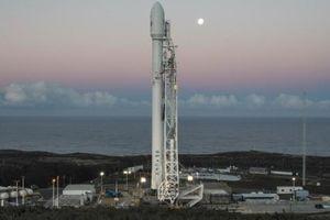В США SpaceX запустила ракету-носитель Falcon 9: трансляция