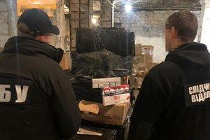 В Одессе СБУ блокировала контрабанду сигарет и алкоголя
