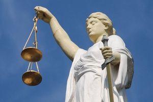 Юристы доверяют судам больше, чем прокуратуре и антикоррупционным институтам - опрос USAID