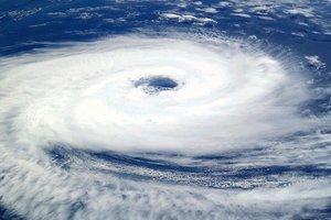 Мощный циклон на юго-востоке Индии унес жизни 11 человек