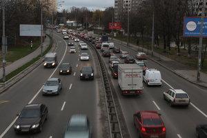 Снег закончился, а пробки остались: Киев остановился в километровых заторах
