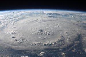 Мощный циклон продолжает уносить жизни в Индии: число жертв возросло до 20