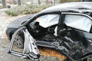 В Кривом Роге произошло серьезное ДТП: пострадали три человека