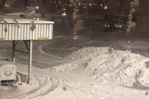 На США обрушился снежный шторм: появились фото и видео