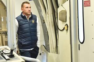 Сборная Украины прилетела в Турцию на последний матч в 2018 году