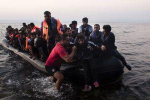 У берегов Сардинии перевернулась лодка с мигрантами, есть жертвы