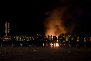 Протесты во Франции: правительство отказалось отменять новые налоги на бензин