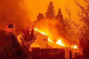 Лесные пожары в Калифорнии: число жертв возросло до 80
