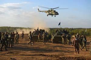 Россия готовит к переброске на Донбасс новые силы – Тымчук