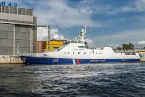 Россия перебрасывает в Крым корабли: стали известны подробности
