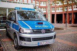 В Германии вооруженный мужчина взял в заложники сотрудницу заправки