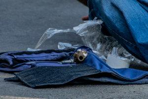 В Броварах задержали пьяного мужчину с гранатой, избивавшего дочь
