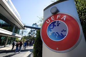 """От УЕФА потребовали исключить """"ПСЖ"""" и """"Манчестер Сити"""" из Лиги чемпионов"""