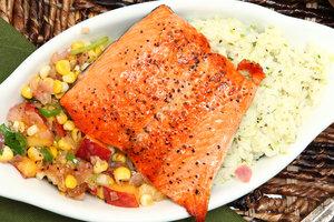Быстрый рецепт для ужина: запеченный лосось по-мексикански