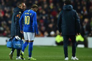 Травма Неймара помогла сборной Бразилии обыграть Камерун