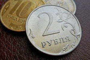 Рецесія, інфляція, нові санкції: Росії пророкують різке погіршення економіки