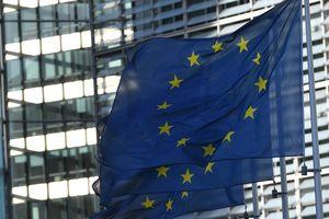 Європа скочується в популізм - The Guardian