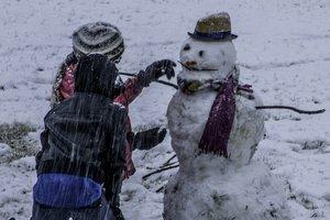 Короткое потепление и дожди со снегом: прогноз погоды в Украине на неделю