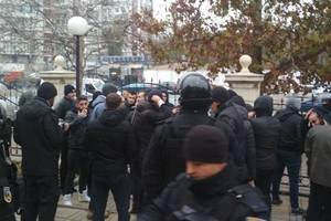В Одессе возле суда произошла массовая драка: 49 человек оказались в полиции