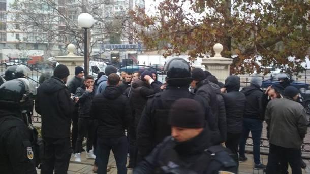 Водесском суде произошла массовая драка, практически  полсотни человек задержаны