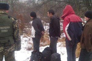 Борьба с нелегальными мигрантами в Украине: штрафовать будут работодателей и родственников