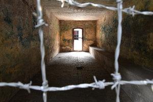 В Германии бывшего охранника концлагеря обвинили в содействии в убийстве 36 тысяч людей