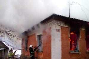В Винницкой области пылал жилой дом: погибла женщина