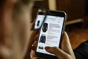 Покупаем в сети чаще, чем поляки или румыны: как украинцы переходят на онлайн-шопинг